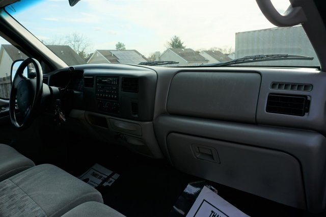 Pre-Owned 1999 Ford Super Duty F-250 XLT