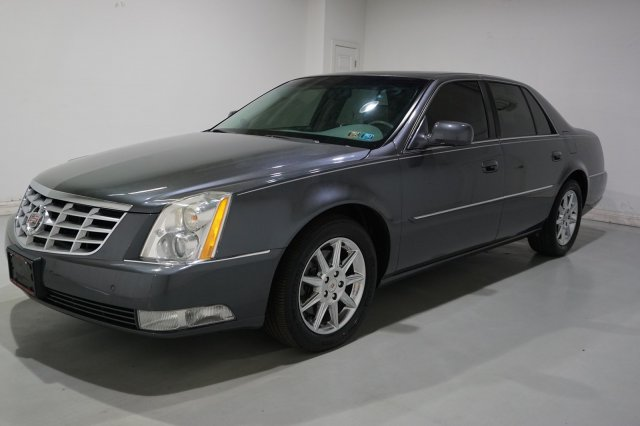 Pre-Owned 2011 Cadillac DTS Luxury Collection